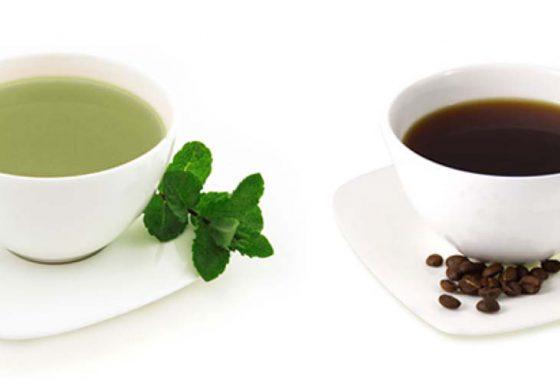Kawa czy herbata? Odwieczne pytanie co wybrać.
