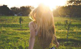 4 naturalne sposoby na zdrowe i piękne włosy