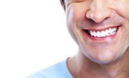 6 naturalnych sposobów na wybielenie zębów