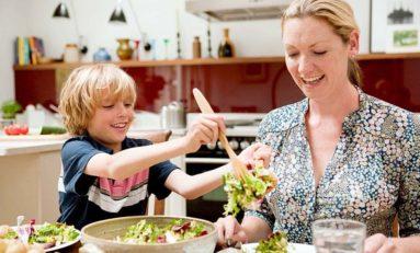 Wspólne rodzinne jedzenie zacieśnia więzi