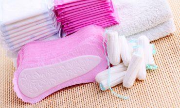 Jak środki kobiecej higieny intymnej szkodzą zdrowiu + 4 zdrowsze alternatywy