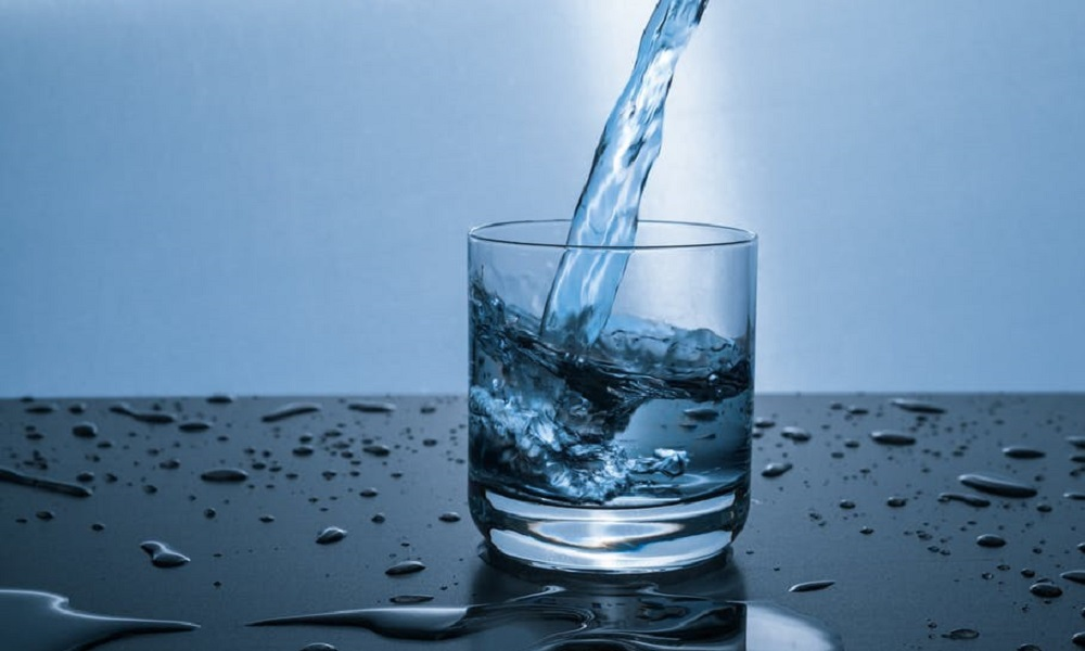 Odwodnienie: objawy, jak zapobiegać, ile wody pić