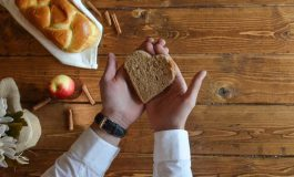 Smacznie i zdrowo, czyli jak upiec naturalny chleb domowymi sposobami?