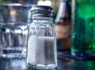 Jak sól wpływa na mikrobiom jelitowy i jak uniknąć tego negatywnego efektu
