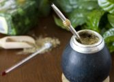 Te zioła zwiększające energię z powodzeniem mogą zastąpić kawę
