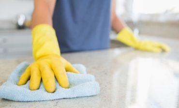 Starannie wybieraj środki czyszczące: związki chemiczne w nich zawarte są związane m.in. z astmą