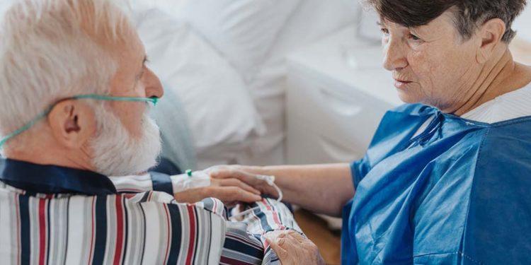 Czym jest tlenoterapia ➢ Wskazania i przeciwwskazania domowej tlenoterapii ➢ O czym pamiętać podczas domowego leczenia tlenem? Sprawdź koniecznie!